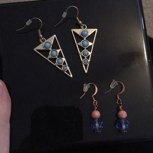 Jewelry - 📍2 pairs light blue dangly earrings